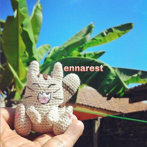 Amusing Cat Karakter yg dibuat @sabila_r, lalu aku membuatnya menjadi boneka....✌✌✌ #amusingcat #cat #amigurumi #crochetdoll #charadoll #crochet #bonekarajut #rajut #handmande #crafts #indonesia