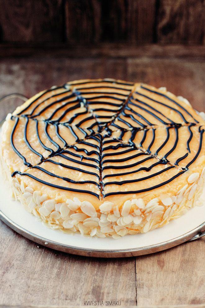 Spider web pumpkin cheesecake