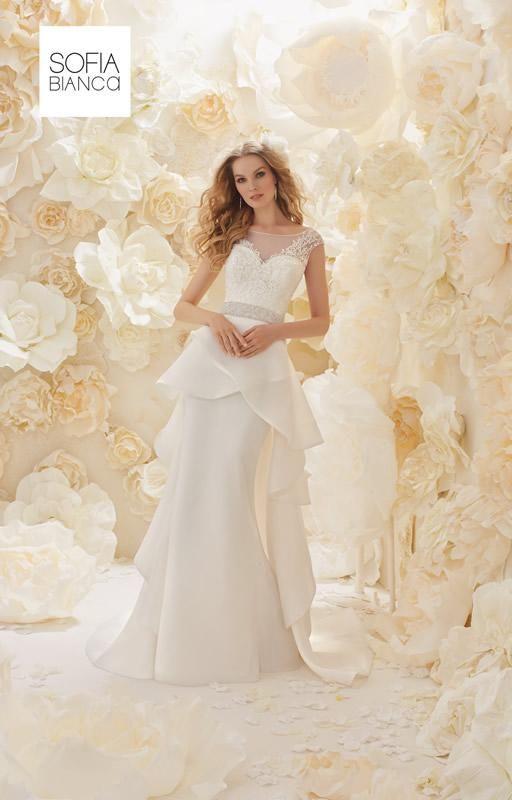 90 best Hochzeitskleider 2017 images on Pinterest   Wedding frocks ...