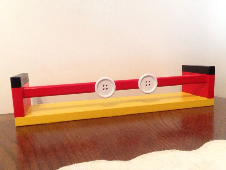 DIY Mickey Mouse shelf. Best 20  Mickey mouse bedroom ideas on Pinterest   Mickey mouse