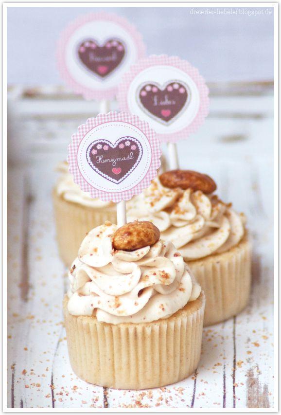 Gebrannte Mandel-Cupcakes + Wies´n-Cupcake-Topper-Freebie by http://dreierlei-liebelei.blogspot.de