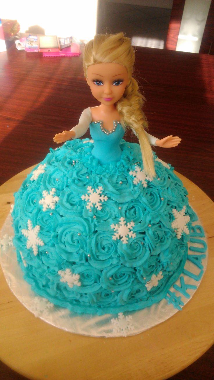 Elsa cake #elsa #frosen #frosting #barbie #doll #dollcake #cake #elsacake