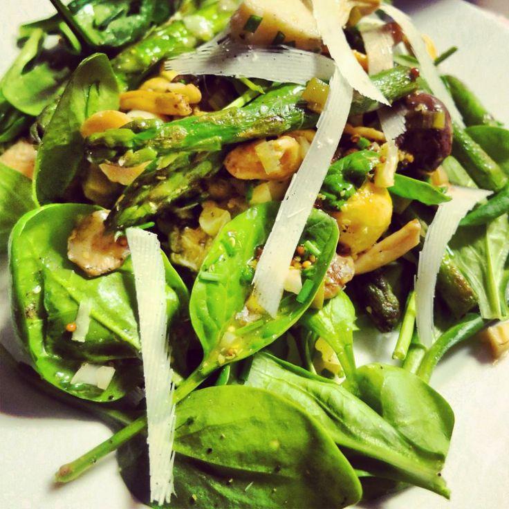 Ingezonden door Julie – salade met wilde paddestoelen, asperges en artisjokken