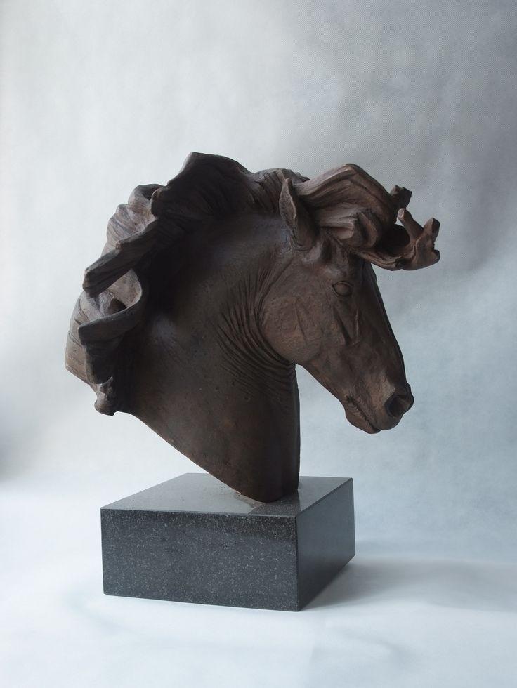 """Голова тяжеловоза """"Ветер"""". 2015. Бронза, гранит. #horse #arthorse #equine #equinart #horses #sculpture #art #конь #лошадь #тяжеловоз #скульптуралошади #арт #скульптура #портрет #бронза #bronze"""