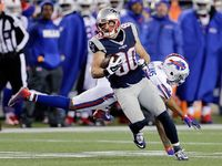 Danny Amendola (knee) won't travel to play Broncos - NFL.com