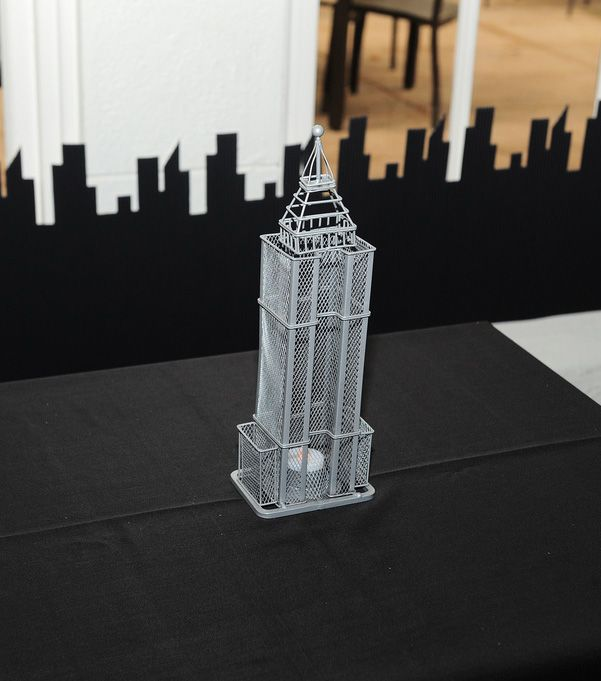 empire state building research paper The empire state building, the chrysler building, and the world trade center were readily identifiable but a new crop of skyscrapers had emerged from the shadows, seemingly overnight after doing some research, i learned that this was not just a figment of my imagination.