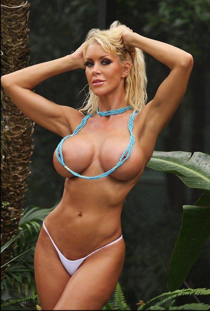 models doing oral sex