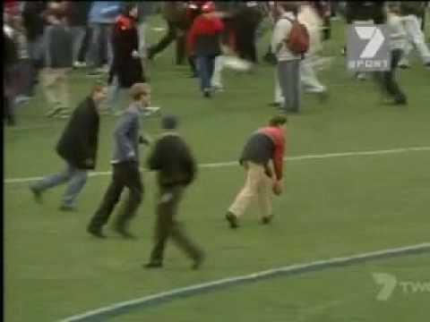 Matthew Lloyd 100th Goal - 2000 - Full Version - YouTube