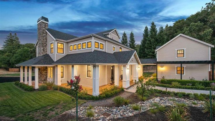 Brandon Belt, San Francisco Giants first baseman, recently sold his Alamo, California home for $3.5 million.