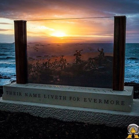 A stunning shot by @glenn.adamus capturing the first ever sunrise behind the new #ANZAC memorial located in Emu Park. This memorial is part of stage one of the Emu Park ANZAC Precinct Project.