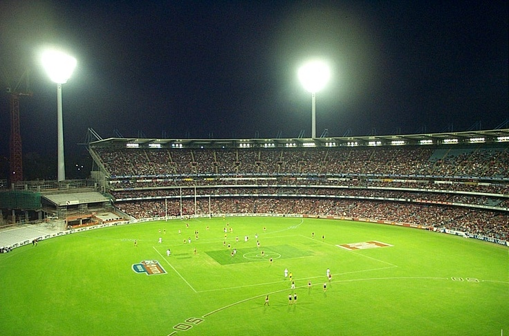 Things to do in Melbourne: Melbourne Cricket Ground (MCG)    Watch a game of footy at the MCG between March and September.