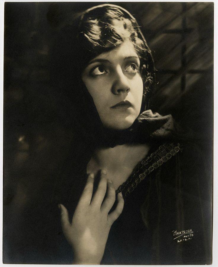 Romantic 1910s Fine Art Nouveau Silent Film Photograph Lois Wilson Hartsook Rare
