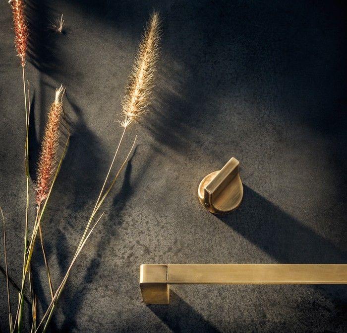 Rogerseller-Natural-Elements-Burnished-Brass