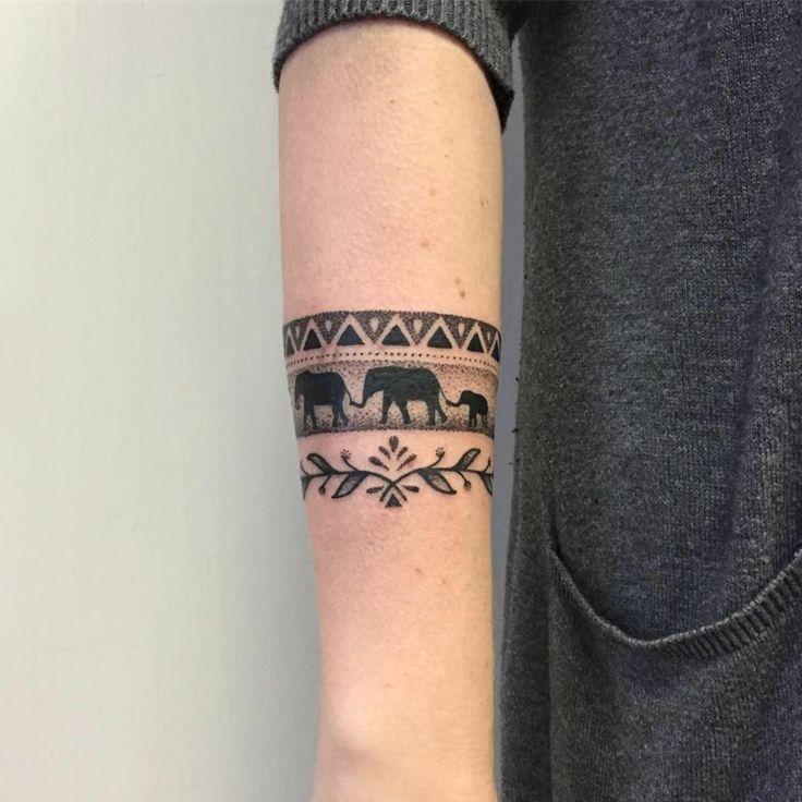Armband Tattoo – Tolle und originelle Designs für Männer und Frauen in Bildern – Tattoos