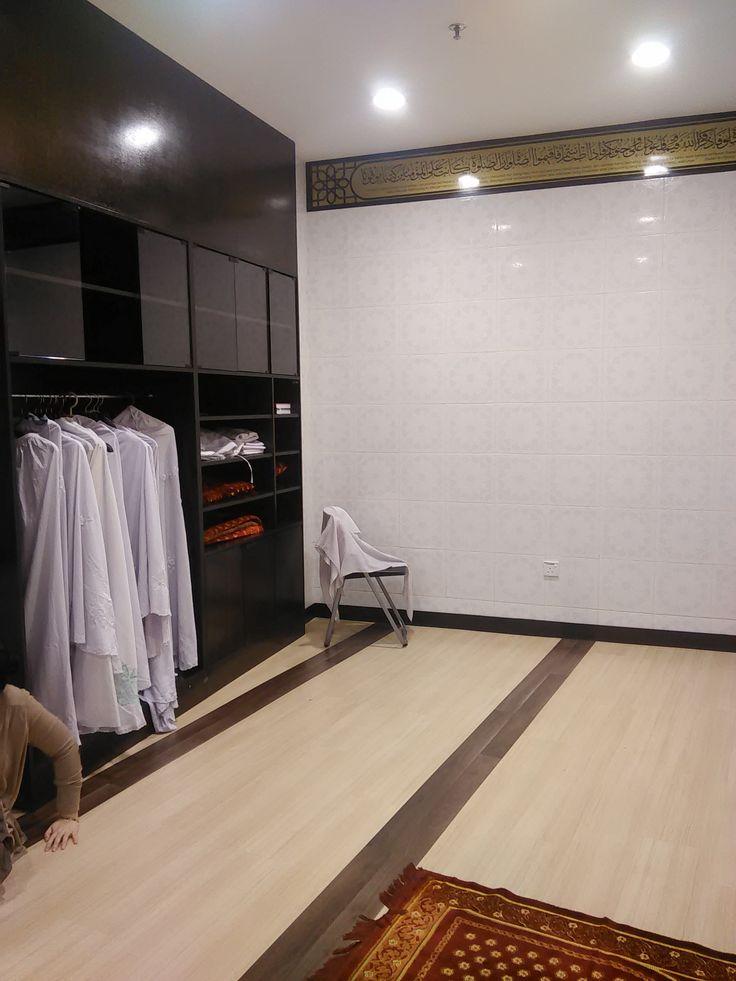 telekung & sejadah wardrobe (musolla AEON quill city mall)