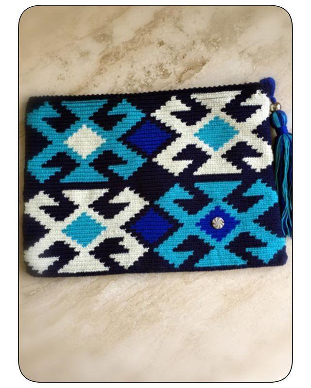 🎉💐wayuu cluch satış da .👜👍bilgi için dm 🙏🏿#wayuubags #wayuuclutch #wayuuçanta #wayuustyle #elişi #handmade #tığişi #benyaptım @_kartopu_