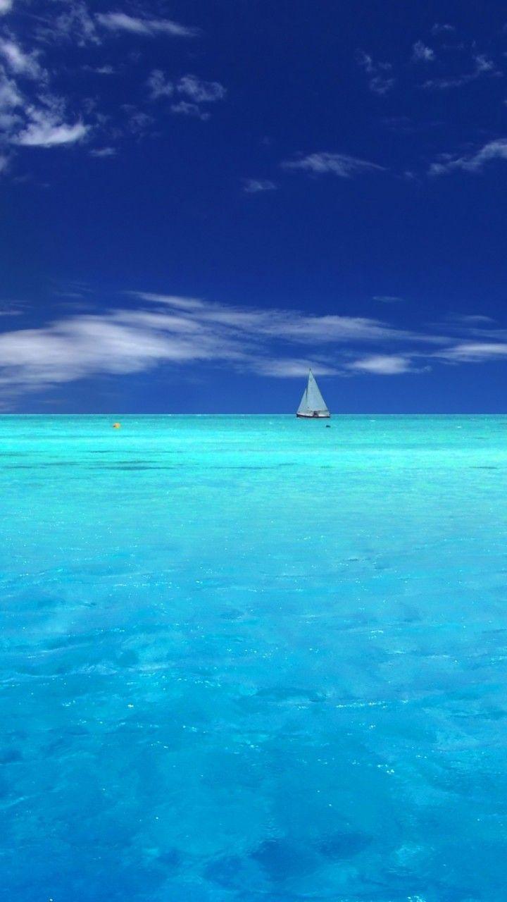 Sailing in the tropics. #sail