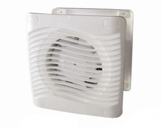 O Exaustor ITC 100 da ITC Exaustores é um renovador de ar em ambiente sem ventilação e eliminador do mau cheiro. Ideal para banheiros, lavabos, closets, dispensas, elevadores etc, o produto pode ser instalado em paredes, tetos ou forros de gesso, PVC ou madeira. Possui modelos com aletas que fecham-se quanto o exaustor estiver desligado e a válvula impede o retorno do ar em duto; e com válvula anti-retorno. Também em 12volts. Hélice: 90 mm; Corpo: 98 mm; Grade interna: 170 x 170 mm (ITC 100…