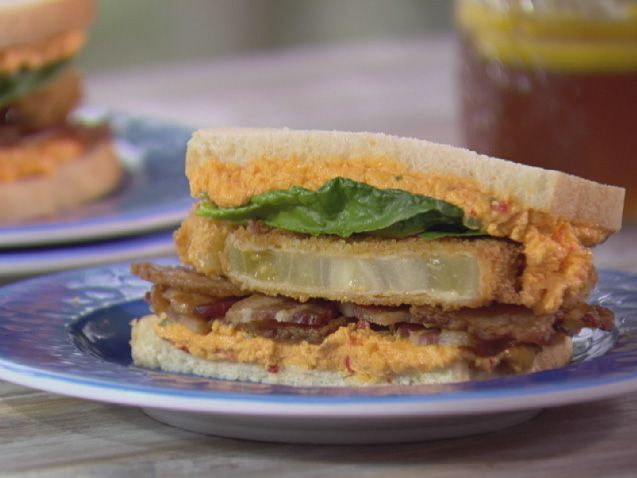 BPT (Bacon, Pimiento and Tomato Sandwich) Recipe : Trisha Yearwood : Food Network - FoodNetwork.com