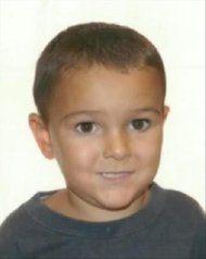La Policía Nacional ha encontrado hoy al niño británico de cinco años que el pasado martes fue sacado sin consentimiento médico por sus padr...