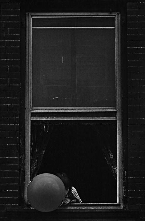 Masao Gozu - 9th Avenue (Manhattan), 4 pm, May 26, 1976. S)