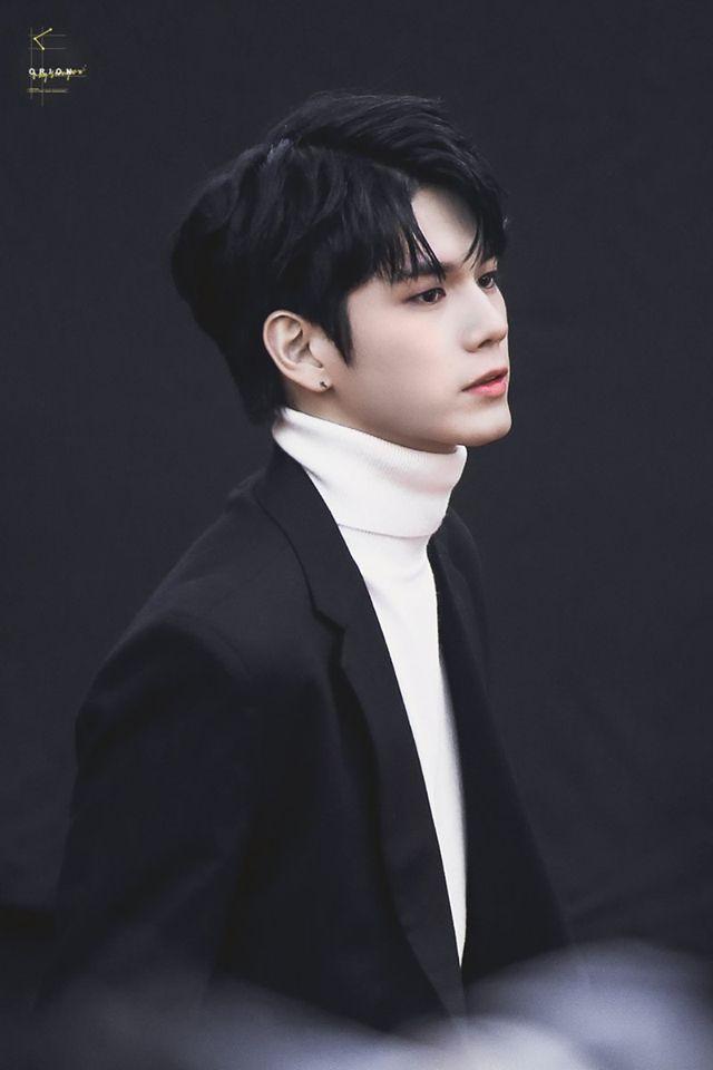 Handsome ONG SEONGWOO
