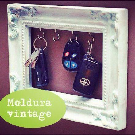 Idéias para sua casa, faça vc mesmo! www.vintagecool.com.br #homeideas#ideia#idea#chaves#cool#vintage#retro#facavocemesmo#portaretrato#moldura