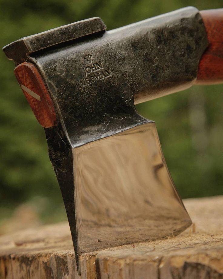 how to use a splitting maul