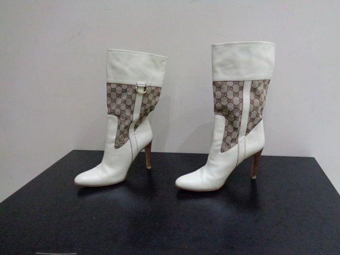 Catawiki, pagina di aste on line  Gucci stivali da donna in pelle