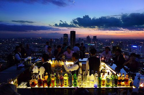Rooftop retreat with bar... (party) get together