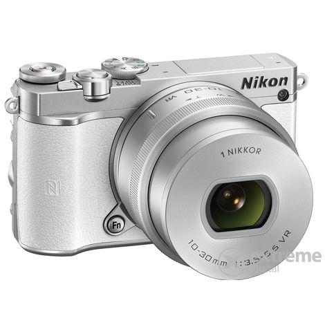 Nikon 1 J5 fényképezőgép kit (10-30mm PD-Zoom objektívvel), fehér