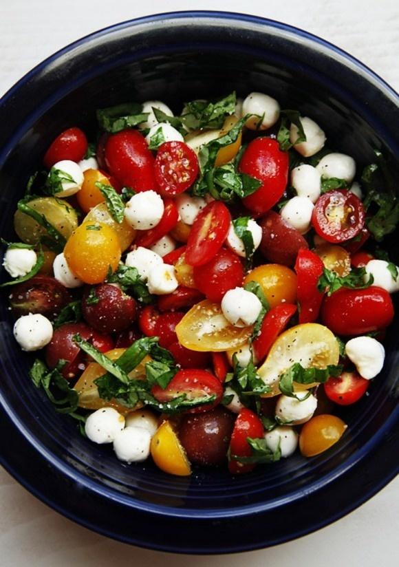 tomato basil salad 1 box of cherry tomatoes 1 tub of mini bocconcini cheese, drained fresh basil leaves, sliced 2-3 Tbsp balsamic vinegar 2-3 Tbsp extra virgin olive oil salt and pepper to taste