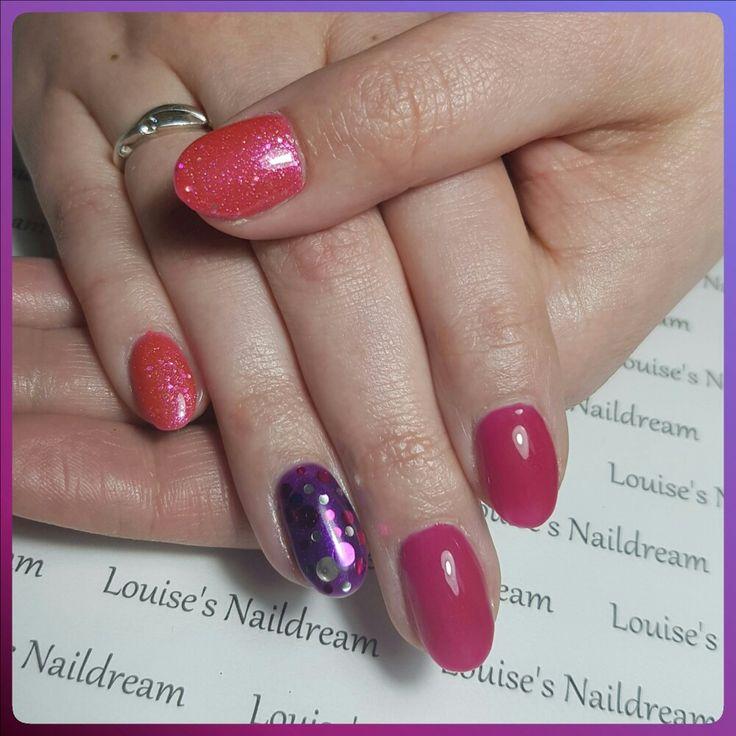 Acrylnagels gellak roze paars glitter confetti