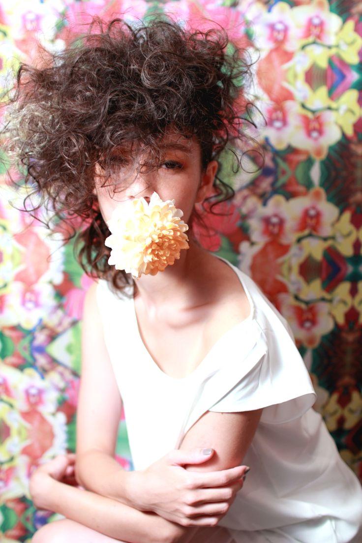 chewing flower  style YUJI