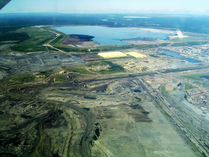The oil sands industry could face severe water shortages in the future, a new study of the Athabasca River suggests.Current and projected surface water allocations from the Athabasca River for the exploitation of Alberta's oil sands might not be sustainable, report authors argue. http://news.mongabay.com/2015/09/river-supplying-alberta-oil-sands-operations-with-water-at-risk-from-drought/