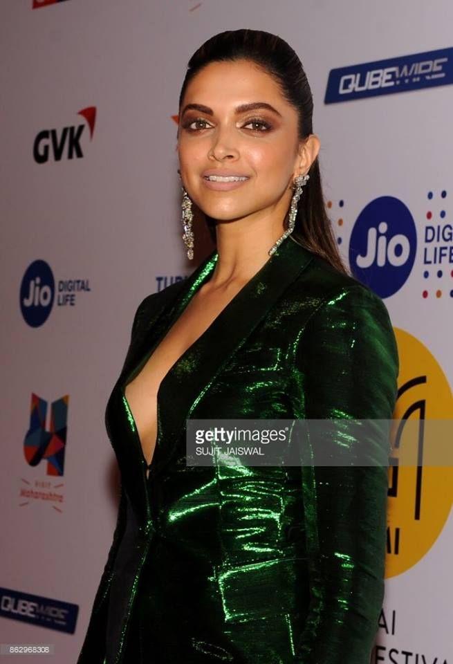 Telugu Web World Deepika Padukone Actress Indian Bollywood Actress Deepika Padukone Style Bollywood Actress Hot Photos