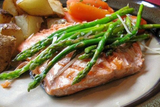 Grilled Salmon & Asparagus