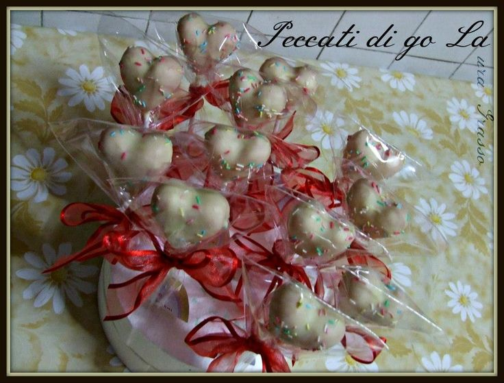 Handmade cake pops hearts for a sweet occasion