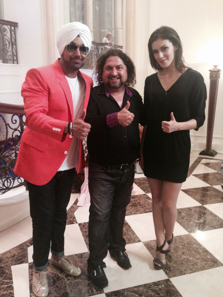 #DeepMoney Punjabi Renowned Singer and Vocalist With Dr. Sunil Phol at Dr. Sunil International Dental Clinic in Bangkok, Thailand