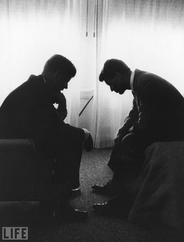 1960. Джон и Роберт Кеннеди