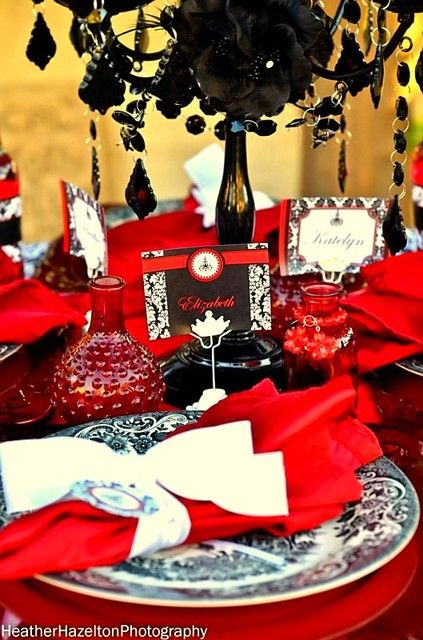 damask party ideas | RED AND BLACK DAMASK / Bridal/Wedding Shower / Party Photo: