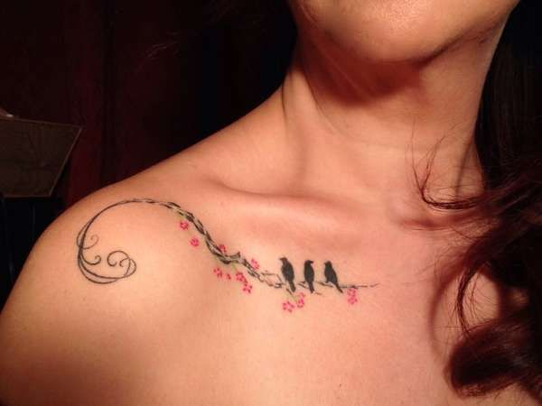 55 Cool Collar Bone Tattoos, http://hative.com/cool-collar-bone-tattoos/,