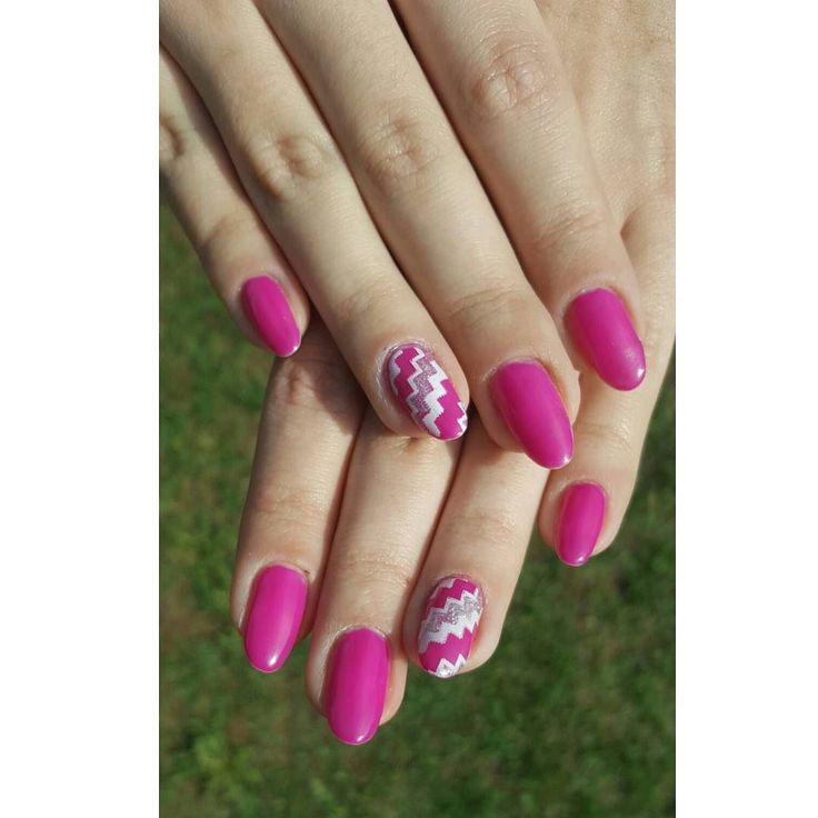 Ruby charm 121 semilac  #nails #hybryda #diy #hybrydy #rubycharm…