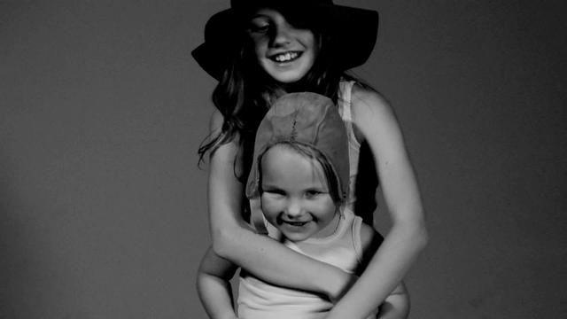 Lilli høst 2011. by Tommy Normann. Lilli designer/produserer undertøy til barn av økologisk merinoull.