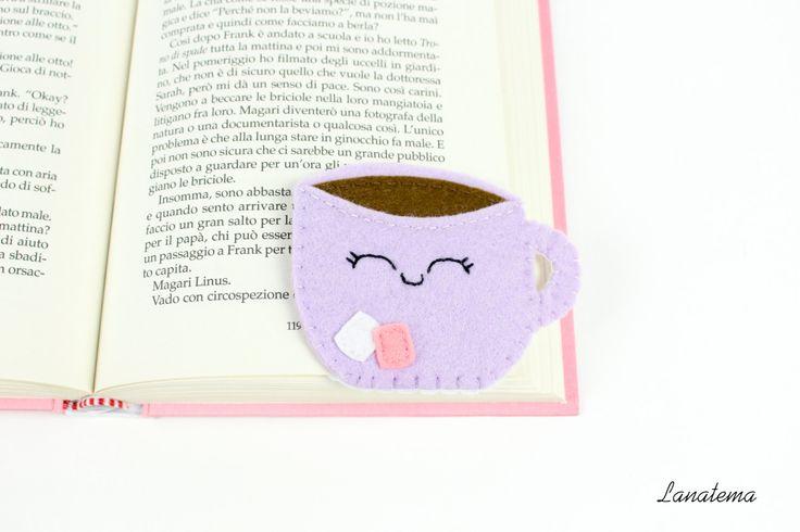 Segnalibro tazza di cioccolata con marshmallow, segnalibro ad angolo in feltro, tazza viola sorridente di Lanatema su Etsy
