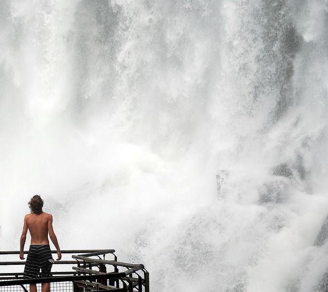 Thunderous – Cataratas de Iguazu, Puerto Iguazu, Argentina – Photo by me, CC license: Attribution, Noncommercial, Share Alike