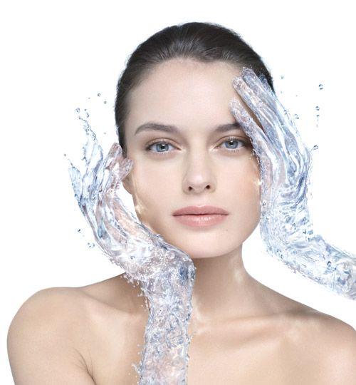 Comment faire de l'eau micellaire chez soi ?  Et à quoi sert l'eau micellaire.