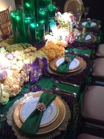 "Wizard of Oz table - a bit much for 6 year olds BUT i like the idea of the green water for ""Oz"""