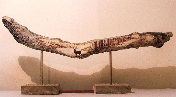 En brûlant minutieusement du bois, cet artiste réaliste d'impressionnantes gravures inspirées par la nature