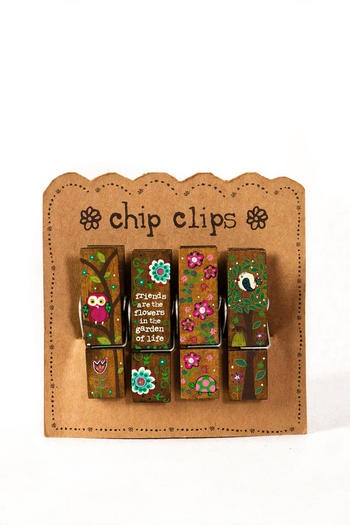 How many times have I needed a chip clip?!? So creative!!!! I love it!!!